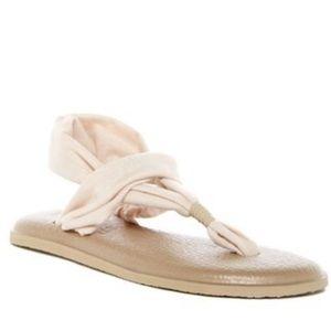 SANUK Yoga Sling 2 Sandal FlipFlop yoga mat sole